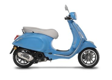 Vespa 50 rentals in Tuscany
